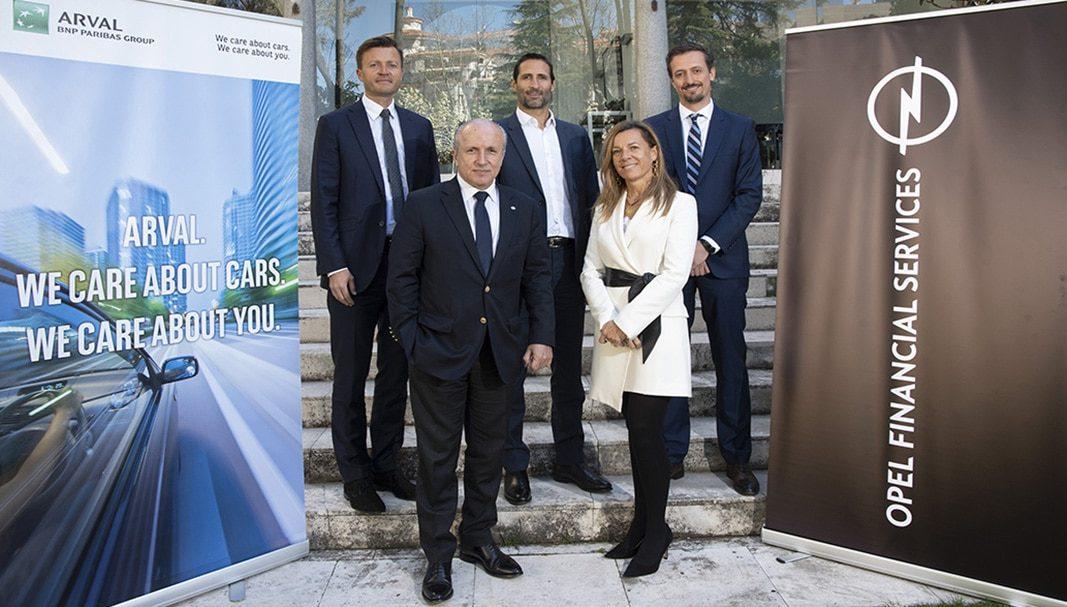 Opel y Arval firman un acuerdo de colaboración en servicios de renting