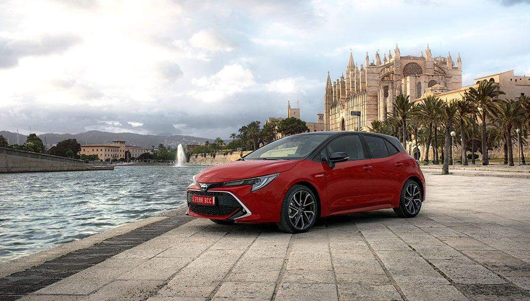 Toyota rebautiza su modelo de referencia para el mercado corporativo