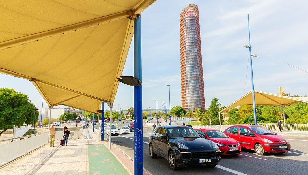 El uso del vehículo privado tiene un coste medio de 1.700 euros al año