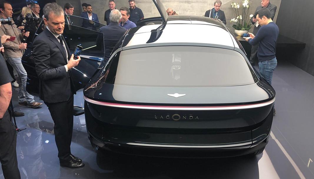 Un Aston Martin Lagonda, resucitado en su versión eléctrica durante el actuaL Salón del Automóvil de Ginebra, que se celebra estos días en la capital suiza. // FOTOGRAFÍA: FLEET PEOPLE