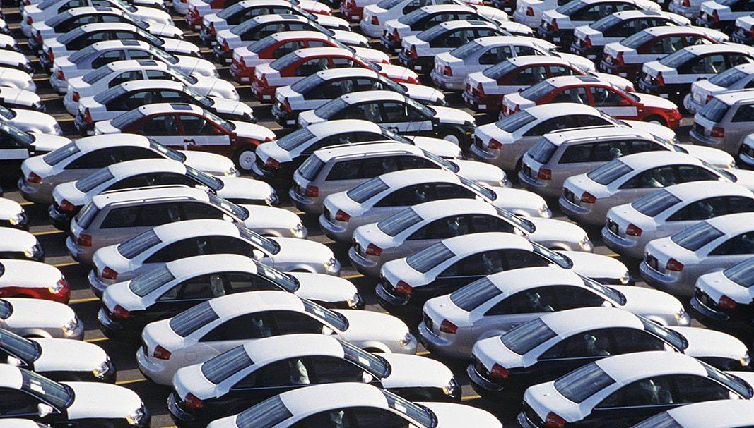 La producción y la exportación de vehículos en España caen en febrero
