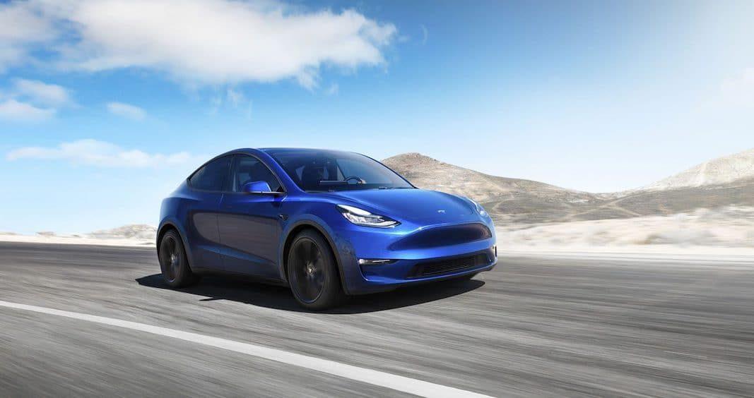 Tesla llama a revisión a 135.000 vehículos en EEUU