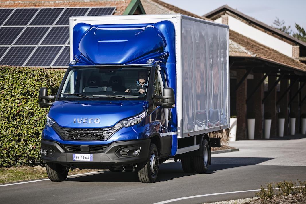 Iveco lanza un renting de tractoras de segunda mano