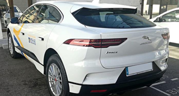 ALD entrega 15 Jaguar eléctricos a Reale