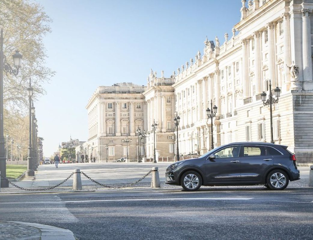 KIA E-NIRO EMOTION PACK LUXURY PLATINUM GRAPHITE – CALIDAD MEDIA_014