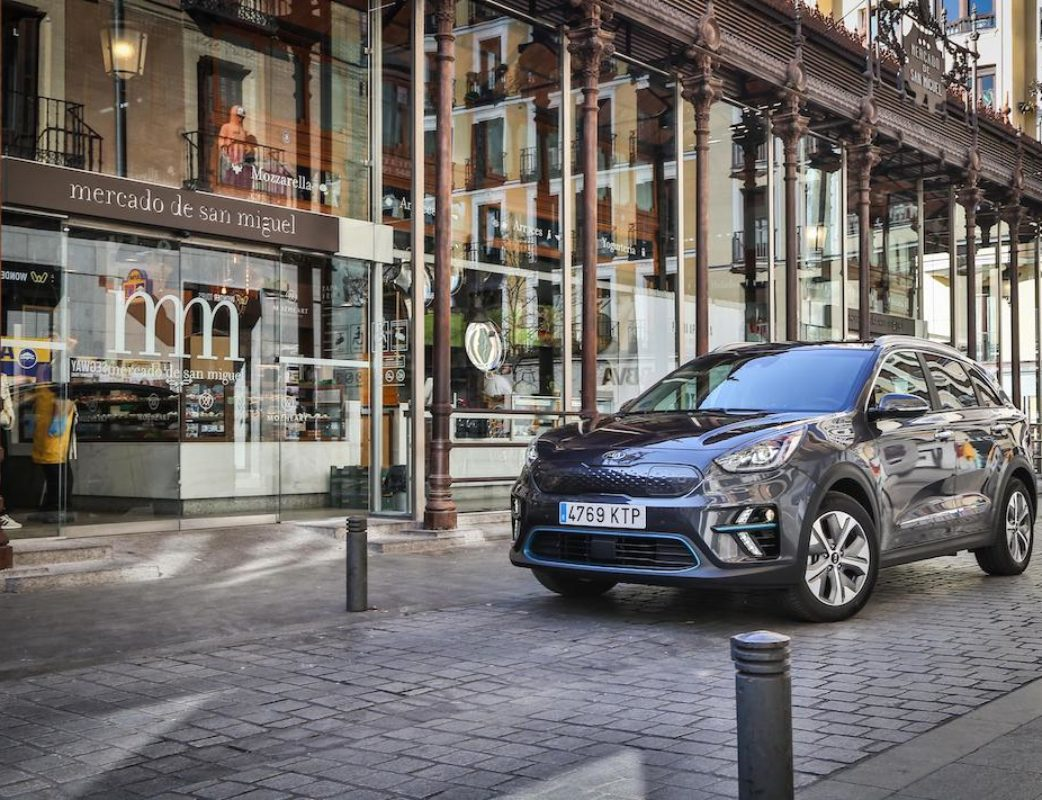 KIA E-NIRO EMOTION PACK LUXURY PLATINUM GRAPHITE – CALIDAD MEDIA_015