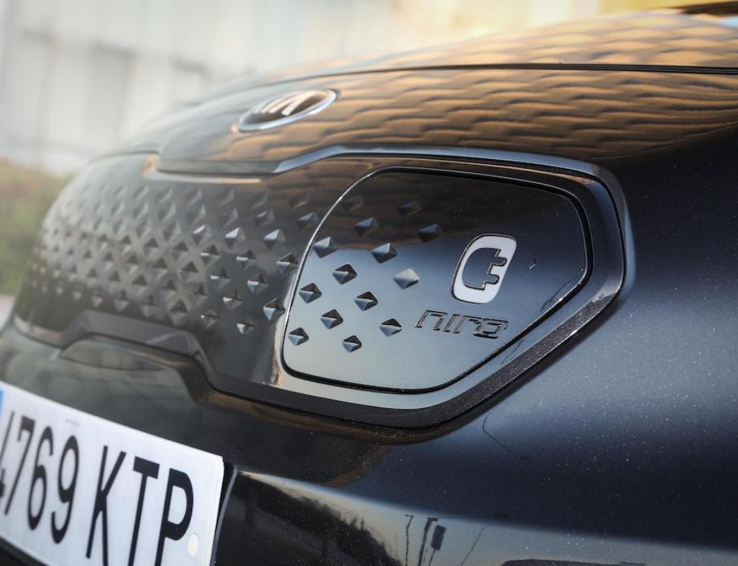 KIA E-NIRO EMOTION PACK LUXURY PLATINUM GRAPHITE – CALIDAD MEDIA_020