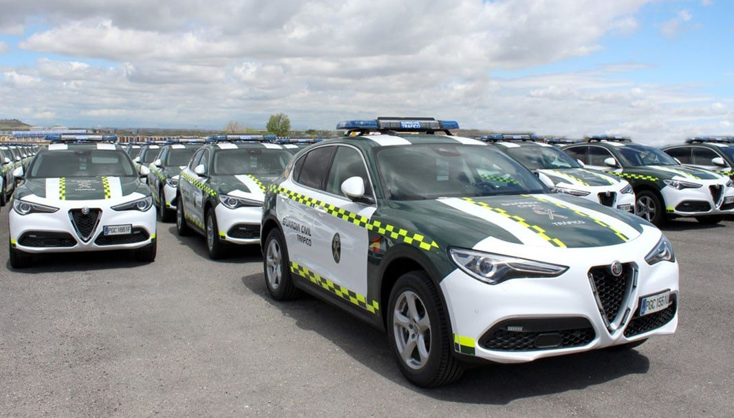 Alfa Romeo coloca un centenar de Stelvio en la Agrupación de Tráfico de la Guardia Civil