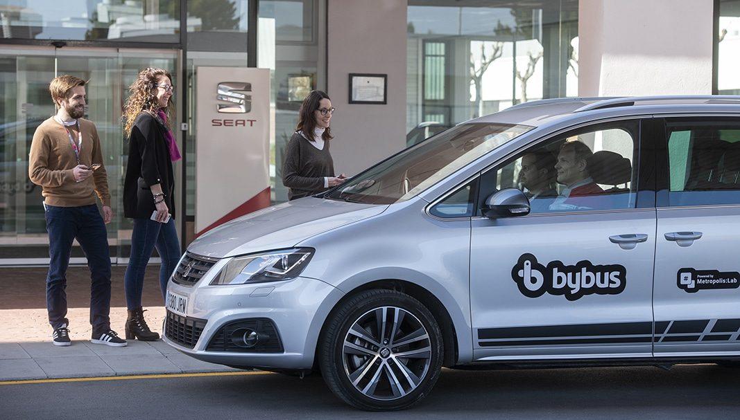 SEAT Martorell pone en marcha los proyectos pilotos con Mobike y ByBus