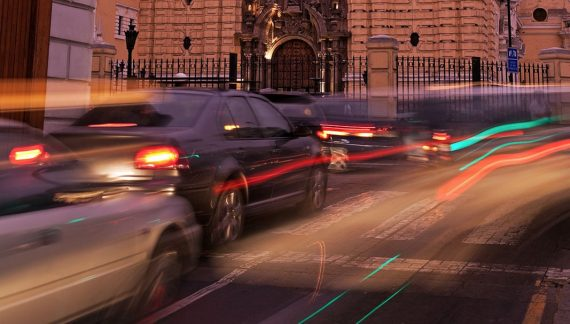 La DGT y el Ayuntamiento de Barcelona implantan 'Autonomous Ready'