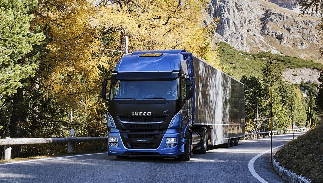 Iveco suministra cien camiones de gas a Gruber Logistics