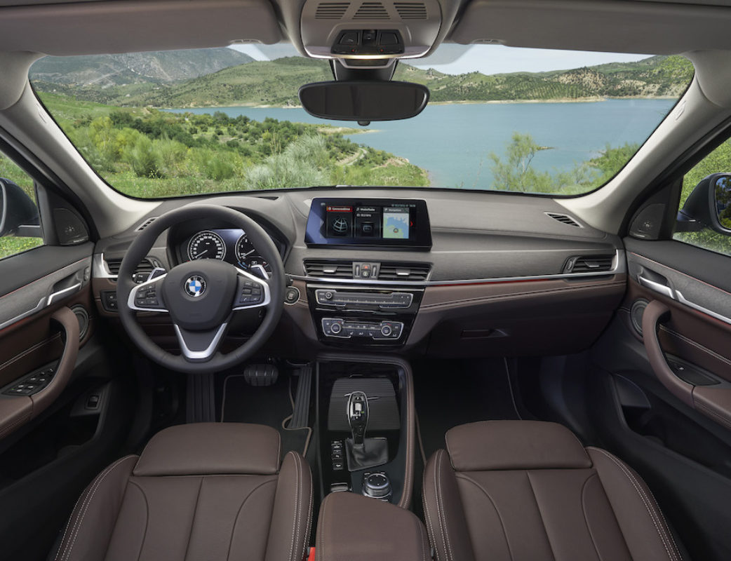 P90350963_highRes_the-new-bmw-x1-inter