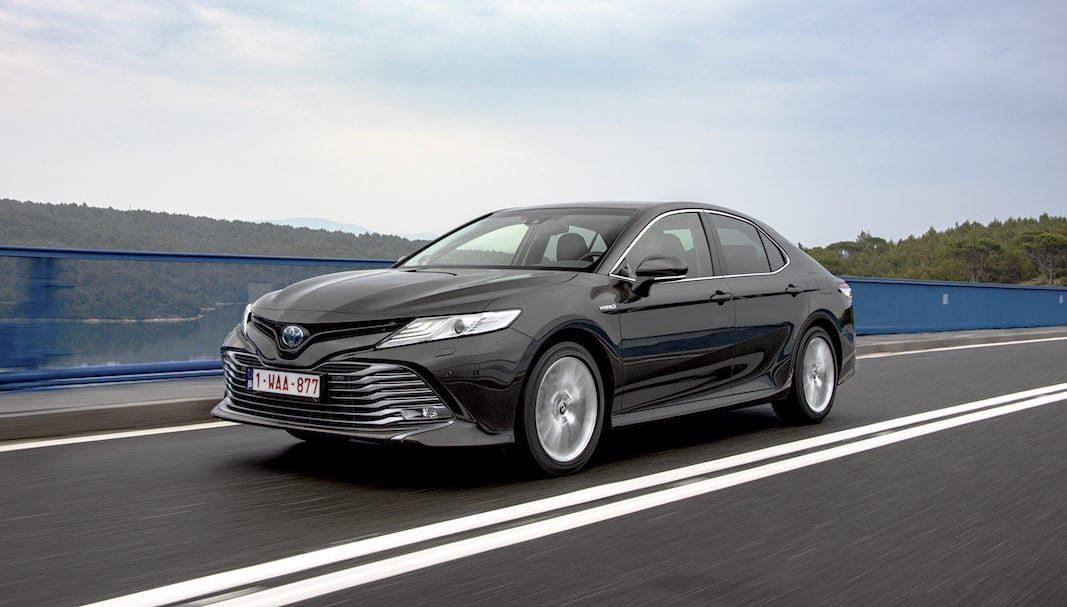 Toyota trae al mercado español la berlina Camry, con tecnología híbrida