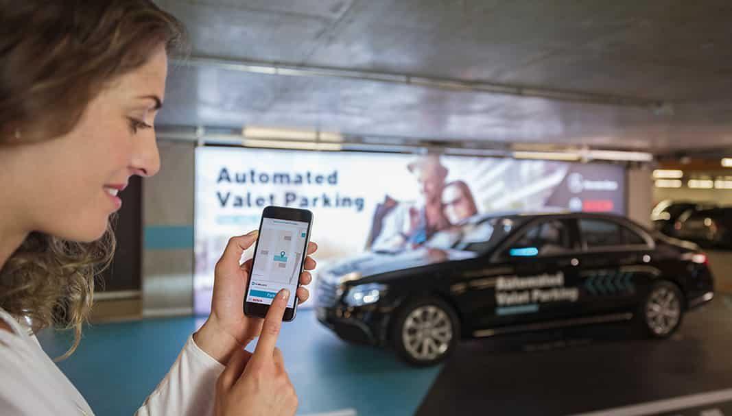 Bosch y Daimler lanzan el primer aparcamiento sin conductor