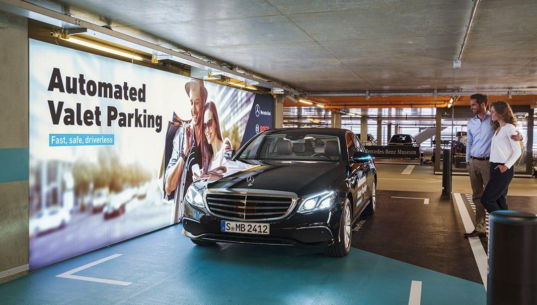 Daimler estudia vender concesionarios en España, Reino Unido y Bélgica