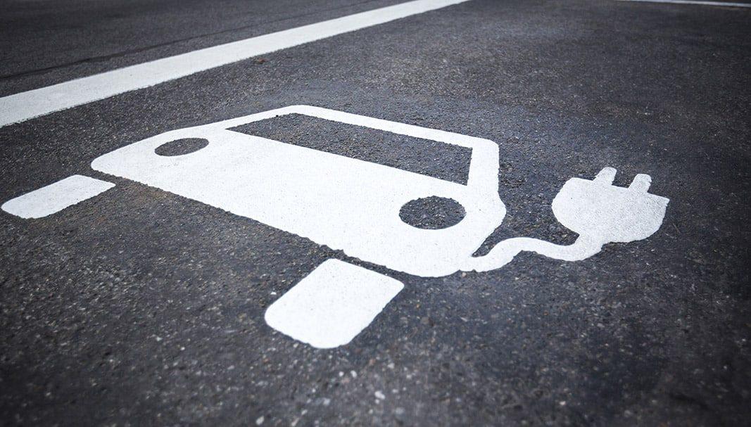 Los españoles se interesan por los coches de combustibles alternativos