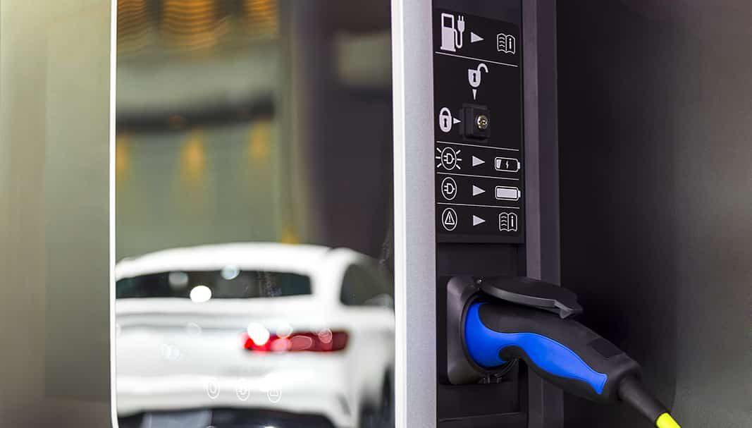 Tenerife subvenciona 11 puntos de recarga para vehículos eléctricos