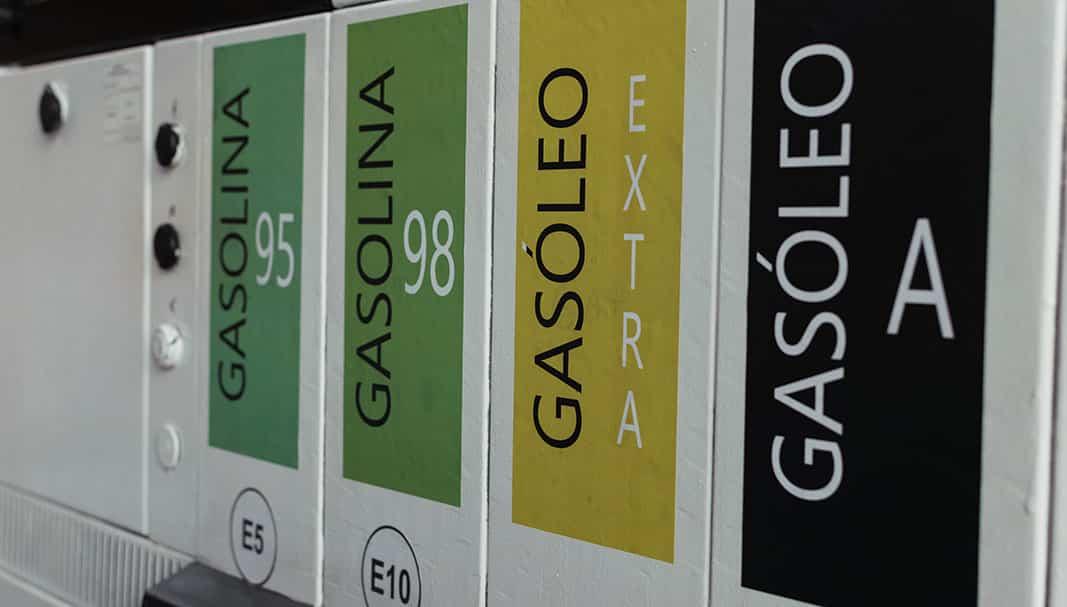 Dame más gasolina. La polémica diésel ha amainado un poco, pero sigue siendo un tema espinoso para el sector. // FOTOGRAFÍA: carmen maniega