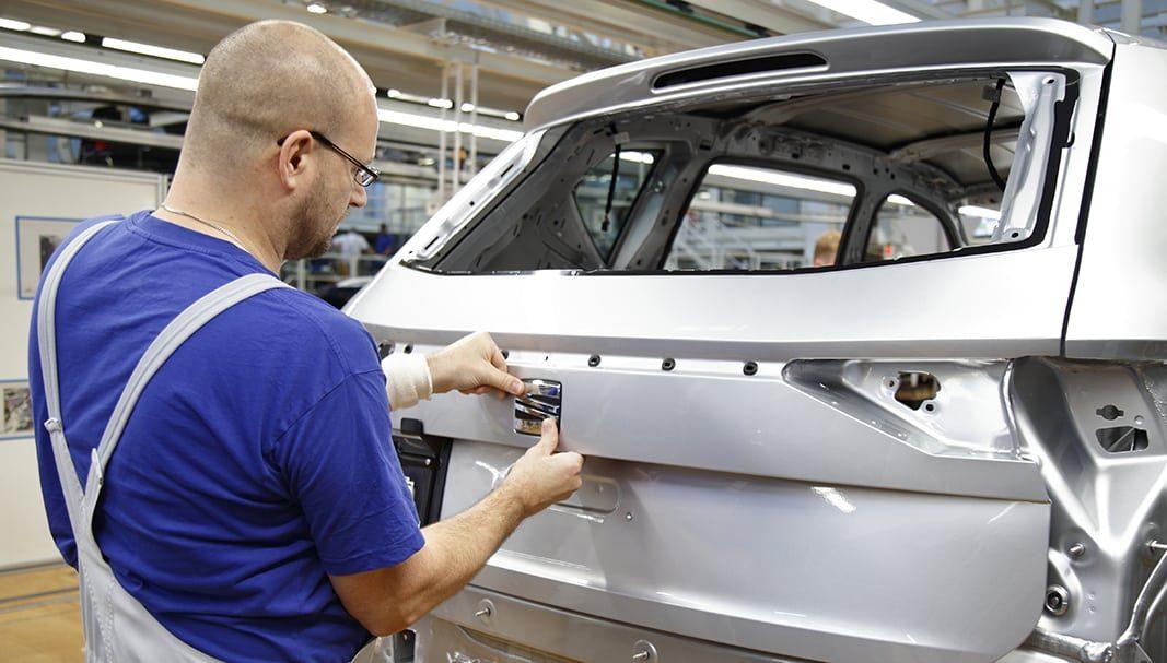 La producción de vehículos en España cae un 6% en junio