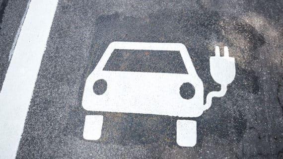 Los españoles no quieren el coche eléctrico (aún)