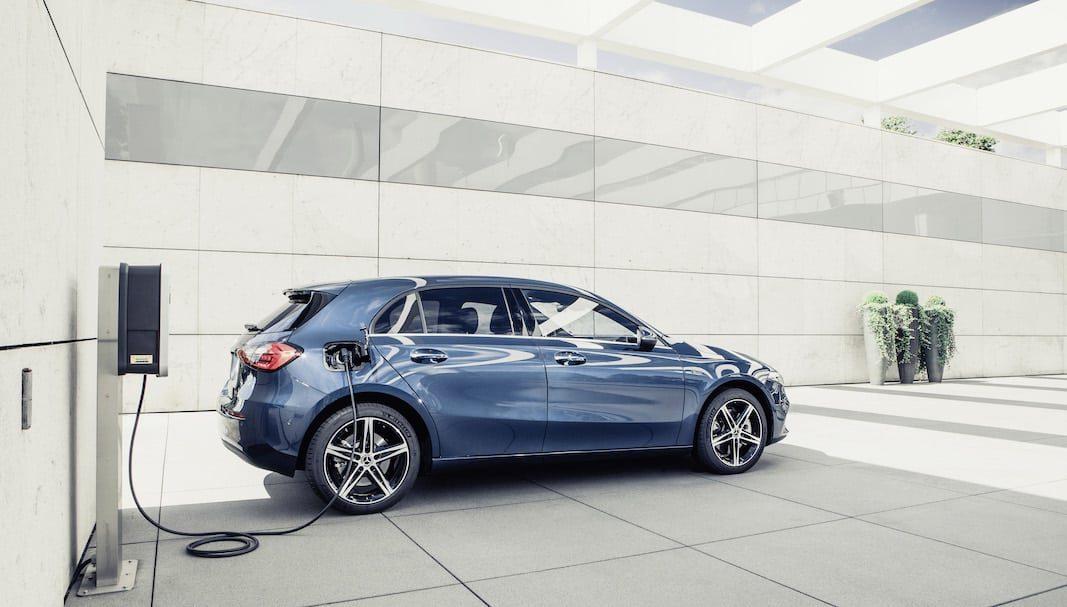 La Clase A y la Clase B de Mercedes-Benz reciben la tecnología híbrida enchufable EQ Power
