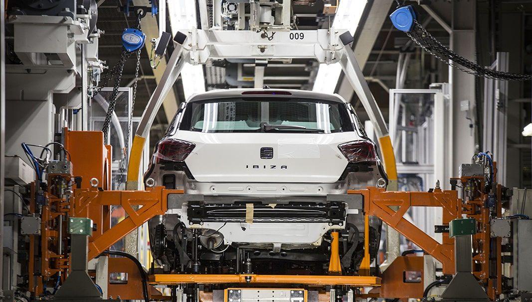 El superávit comercial del automóvil cae un 31% en el primer semestre