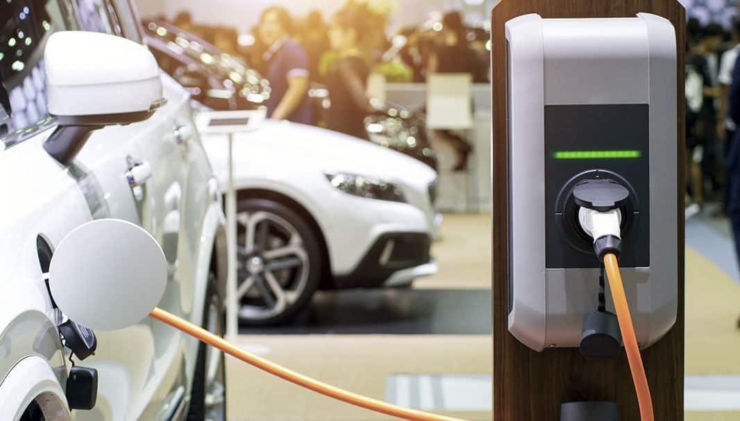 AXA renueva la flota de sus directivos con vehículos eco