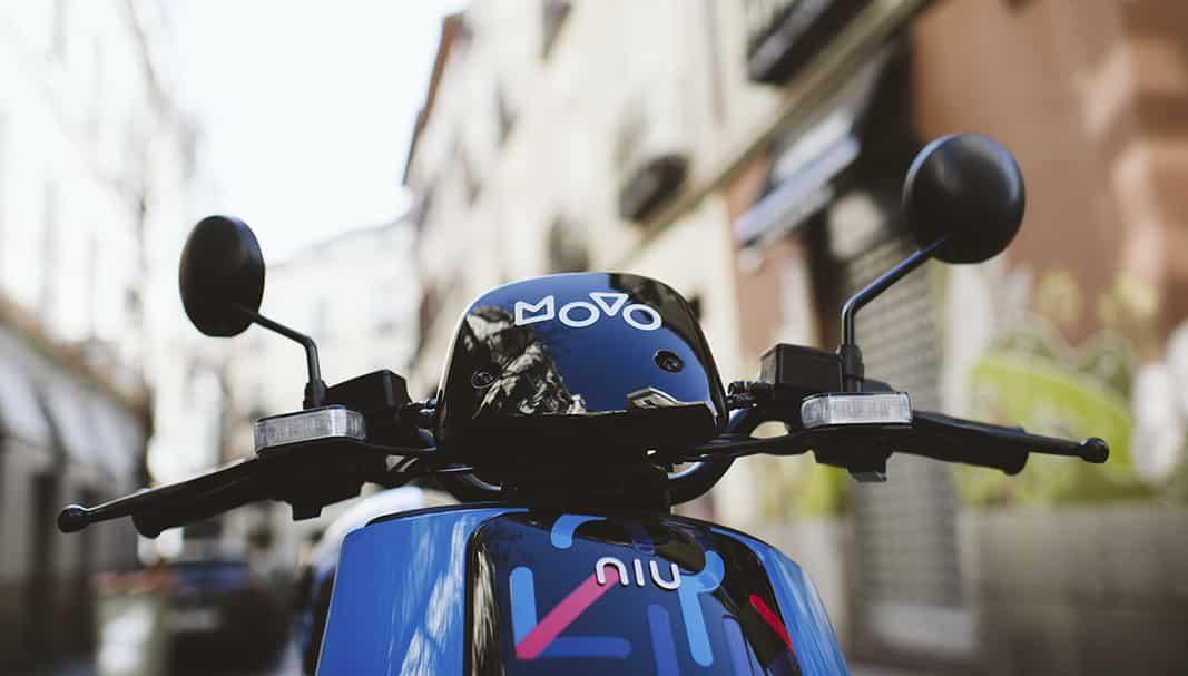 Cabify y MOVO lanzan en Barcelona su servicio de motos eléctricas