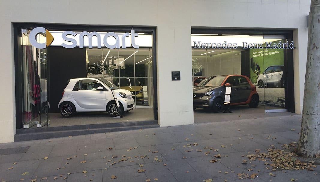 El PSOE añade la prohibición de la venta de coches de combustión para 2040 en su propuesta a Podemos