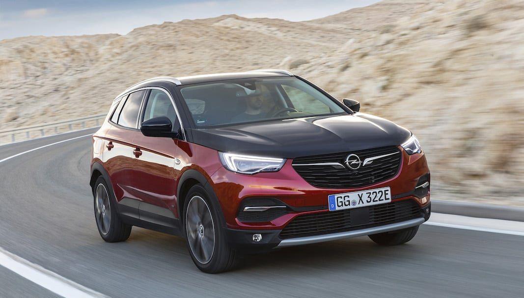 El Opel Grandland X híbrido llega con 60 km de autonomía eléctrica