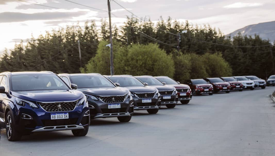 Peugeot y el Corsa, marca y modelo más automatriculados en agosto