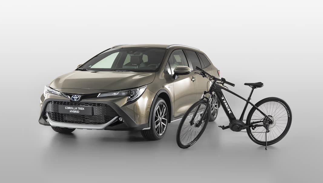 Toyota Corolla TREK, un familiar híbrido Touring Sports de estética off-road