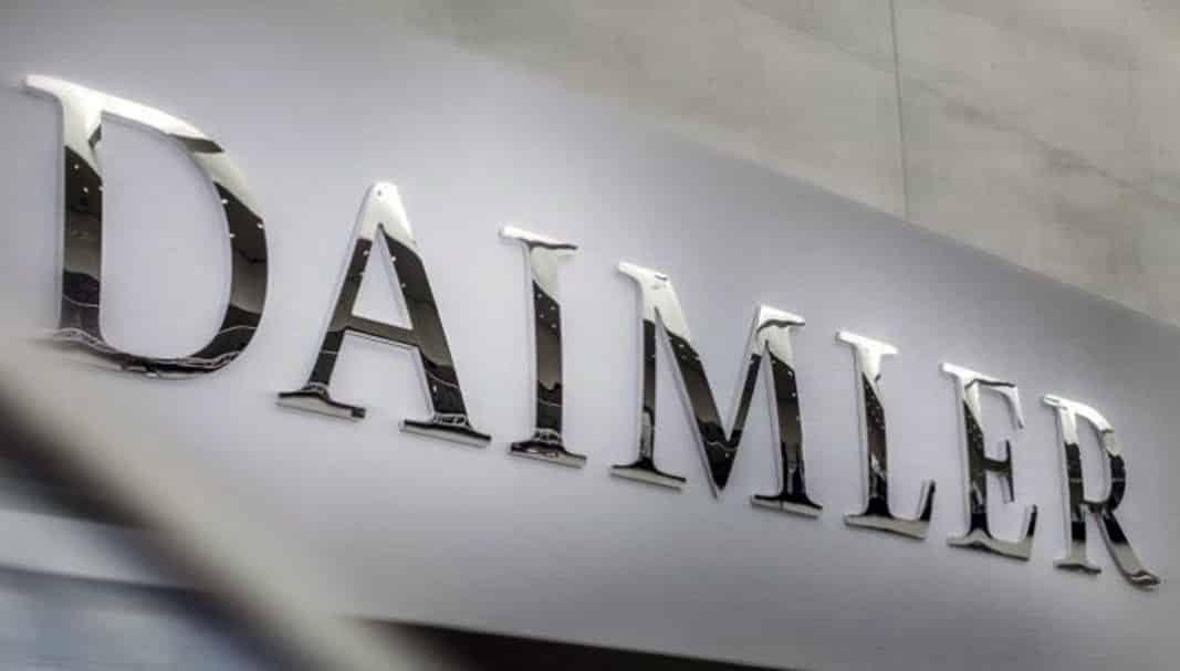 El beneficio neto de Daimler cae un 54% hasta septiembre