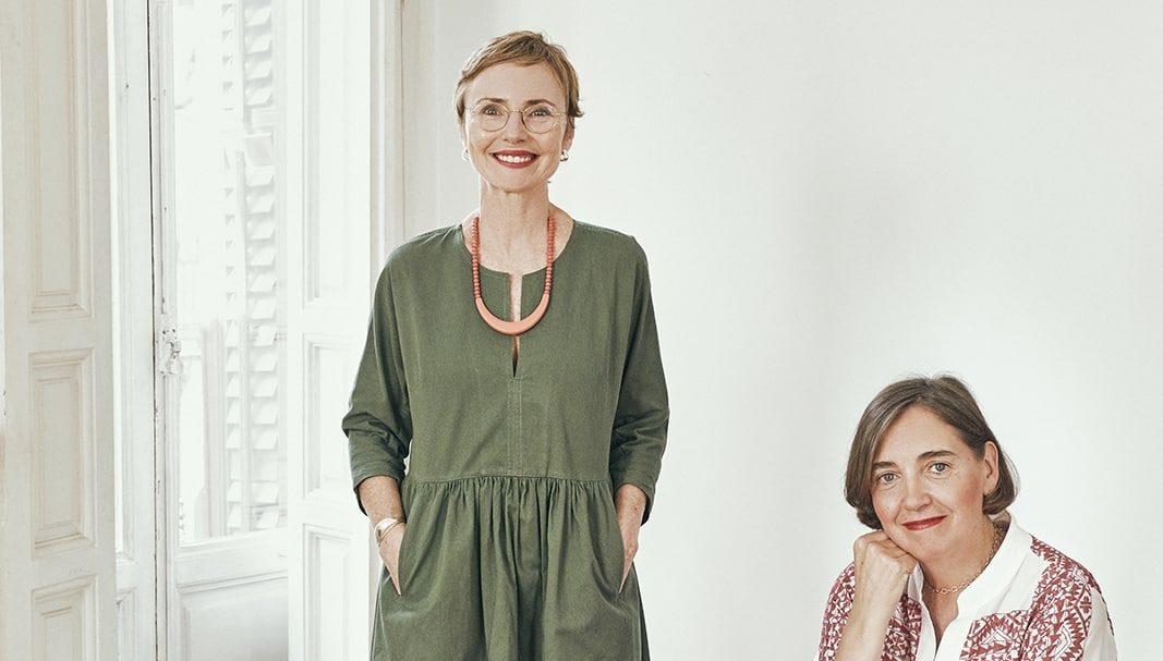 "Gancedo y Helena Rohner presentan los ""pufs-joya"""