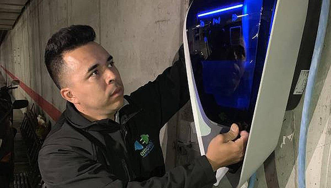 Emovili instalará los cargadores originales de BMW para sus eléctricos