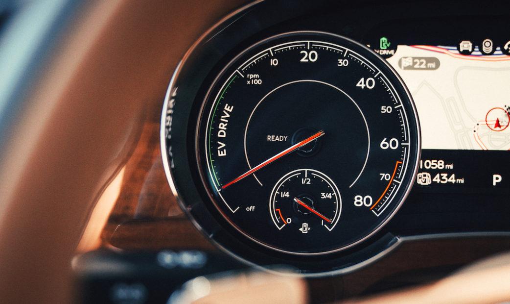 RP – Bentley Bentayga Hybrid-3