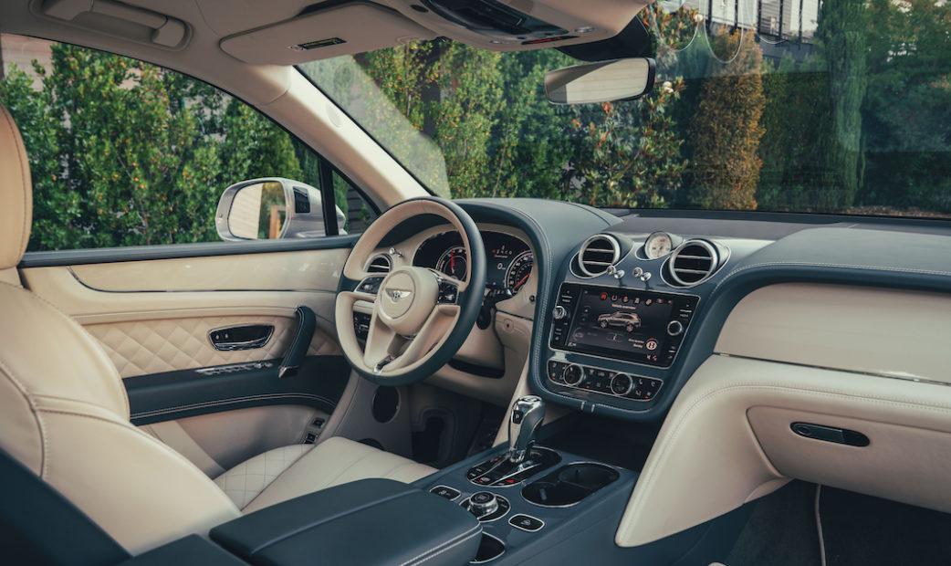 RP – Bentley Bentayga Hybrid-31