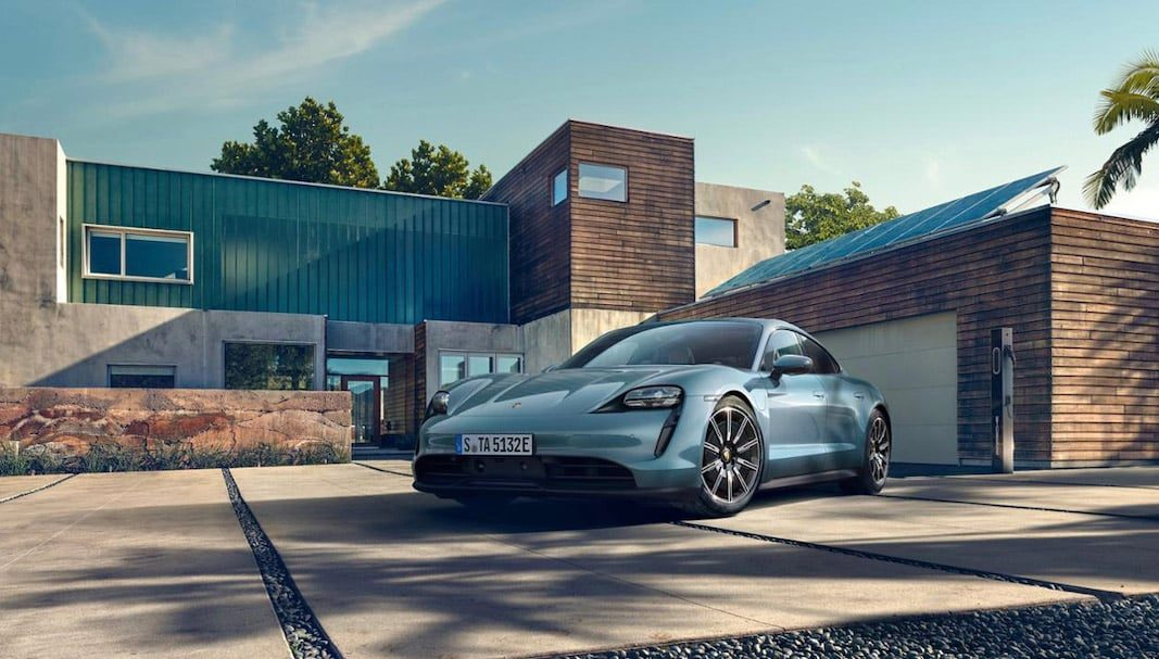 Porsche llama a revisión a 43.000 unidades del Taycan eléctrico