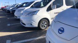 Moves, Varios vehículos comerciales, eléctricos y de combustión interna del fabricante de automóviles Nissan. / FLEET PEOPLE