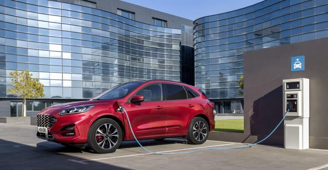 Ford lanza una herramienta para gestionar flotas de eléctricos