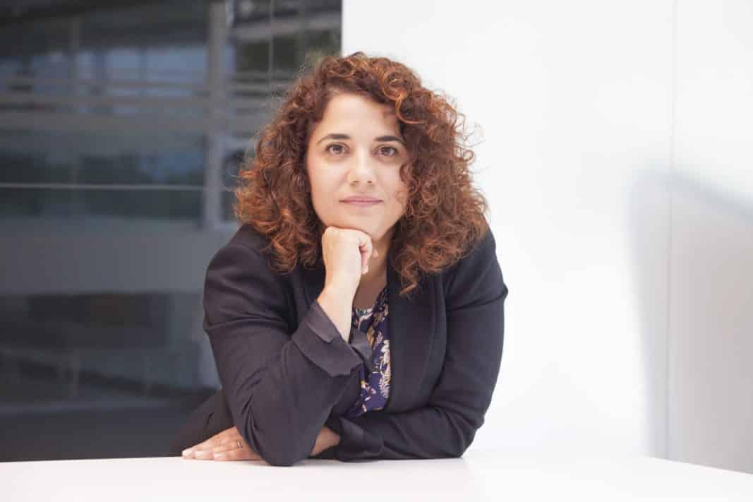 Ana Gema Ortega es directora de Flotas de Renault España. En la imagen, en una instantánea tomada en 2018, posa para el objetivo de Fleet People. FOTOGRAFÍA: F.A..