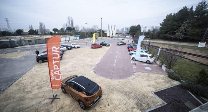 Renault introduce los nuevos Captur y ZOE en el sector de las flotas: 'good vibes'