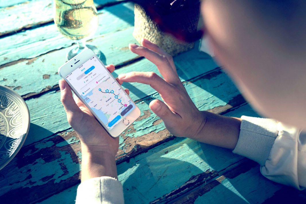 PSA lanza una 'app' que enlaza 130.000 puntos de recarga eléctricos