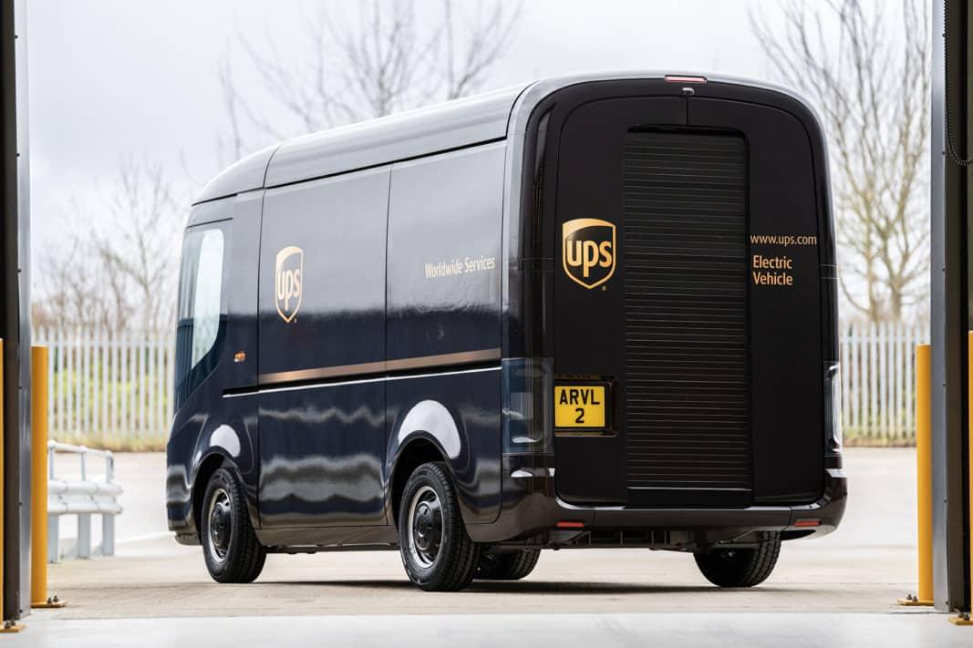 UPS ha adquirido 10.000 furgonetas de reparto eléctricas a Arrival y prevé comprar otras 10.000