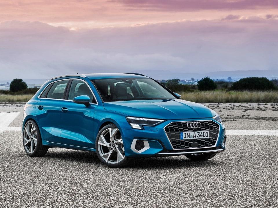 Audi enseña el nuevo A3 Sportback, un flotero 'premium' que llega ya