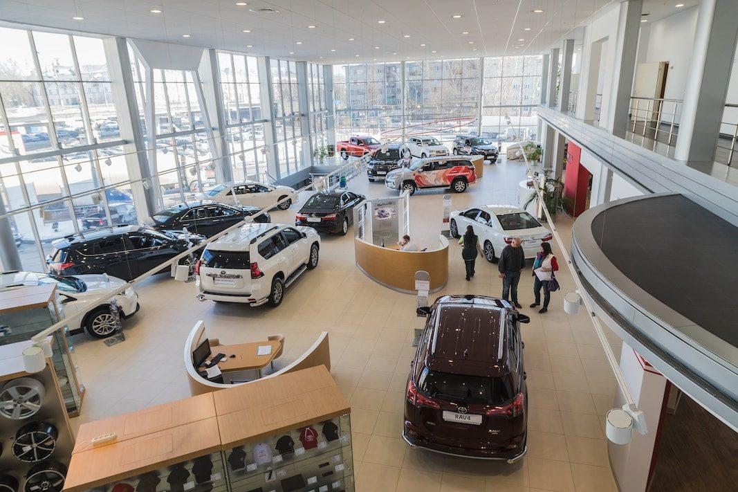 Las matriculaciones de coches caerán hasta 700.000 unidades en 2020, un 45% menos