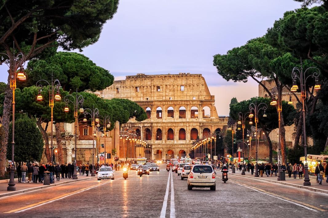 Via dei Fori Imperali, Roma. Boris Stroujko