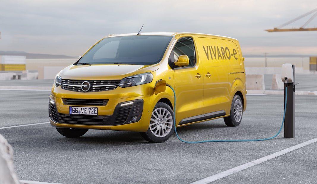 Opel avanza el furgón Vivaro eléctrico a los profesionales más sostenibles