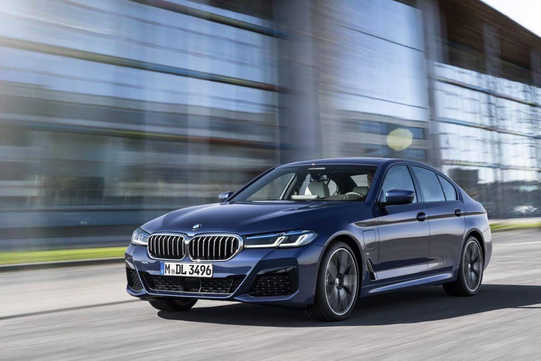BMW actualiza el Serie 5 con cinco versiones híbridas