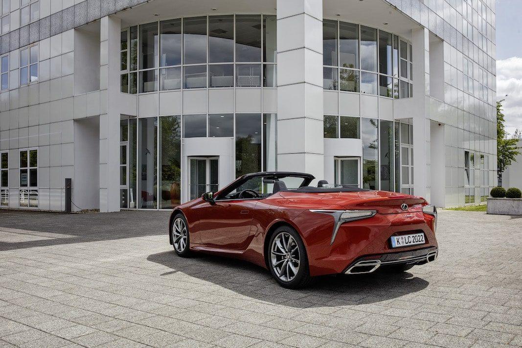Renting para pros: Lexus abre reservas para el LC 500 Cabrio